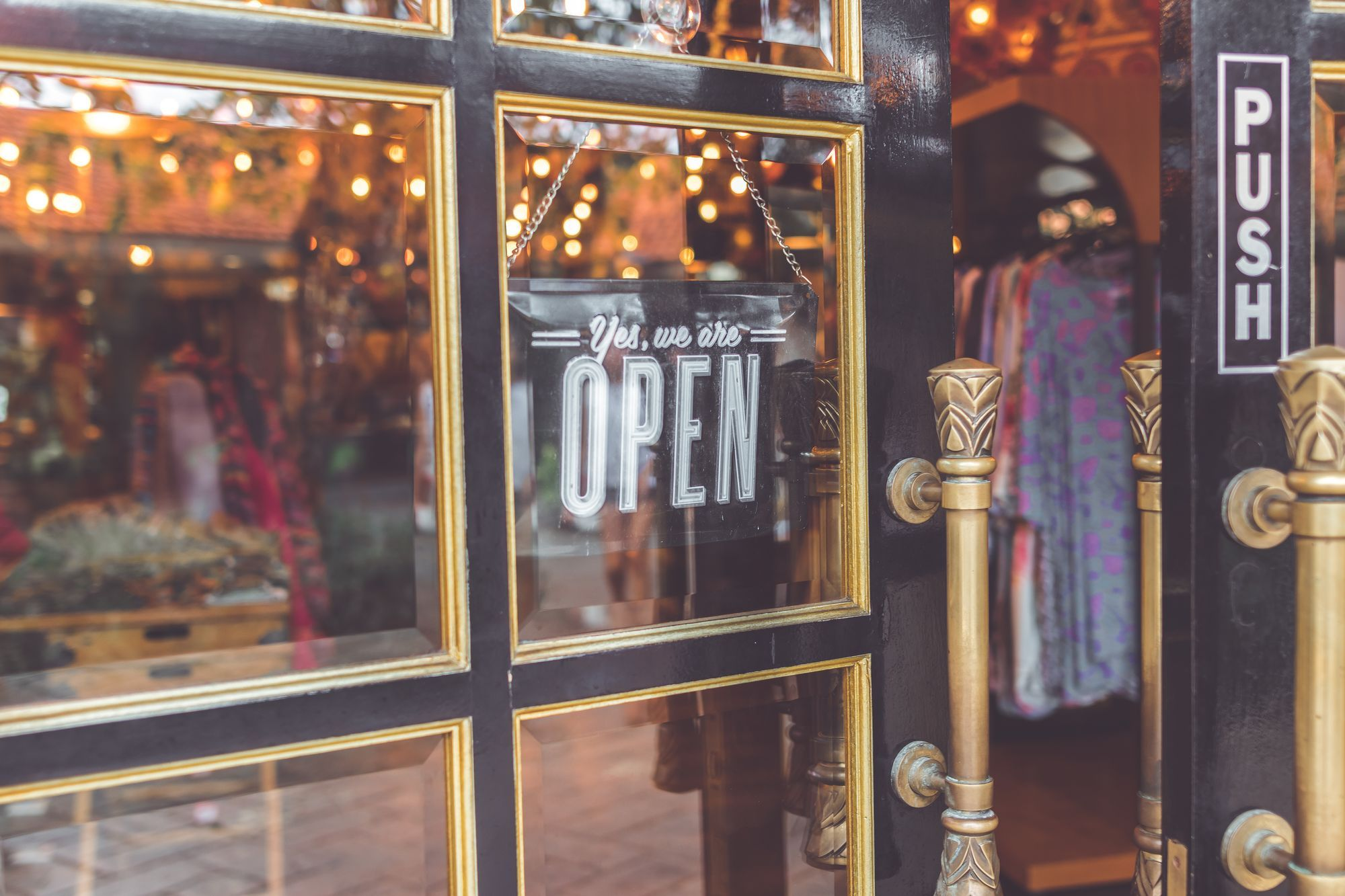 Importance of eCommerce Presence for Small Businesses - Business Blog #15